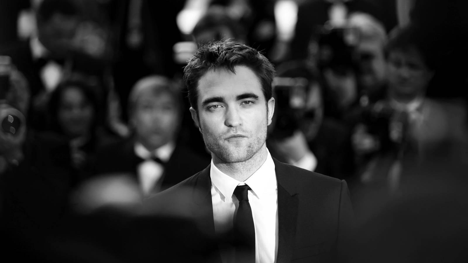 Britský bouřlivák Robert Pattinson oslavil 13. května narozeniny: Je mu krásných 35 let a porno časopisy už nekrade